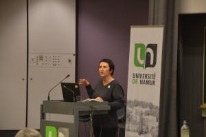 Isabelle a introduit la conférence à Namur